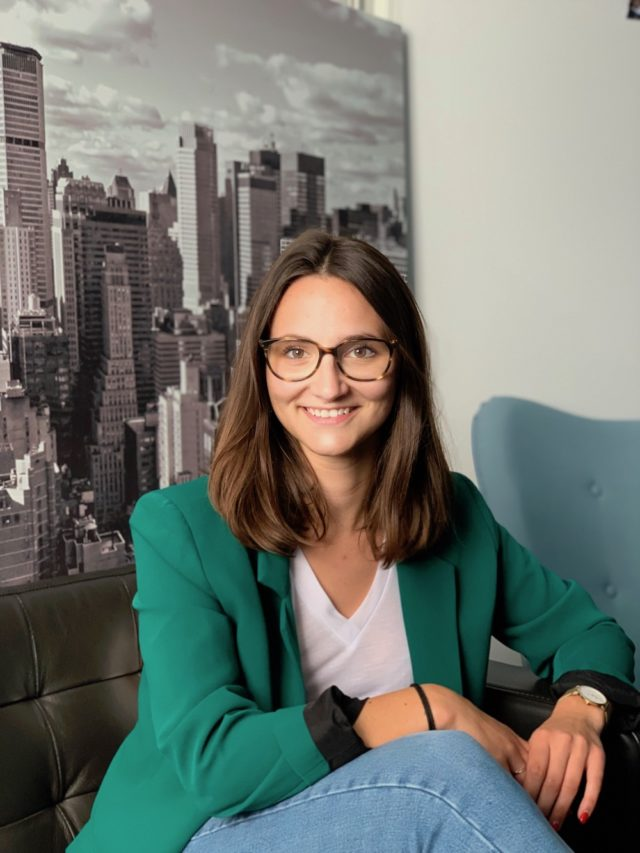 Ripple Motion - Agence developpement mobile nantes - Charlotte Ricq - Responsable marketing essence&co